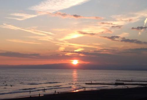 鵠沼海岸夕陽1