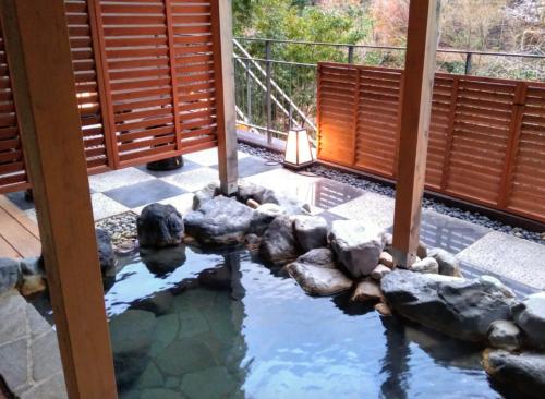 天悠104の小涌谷の露天風呂